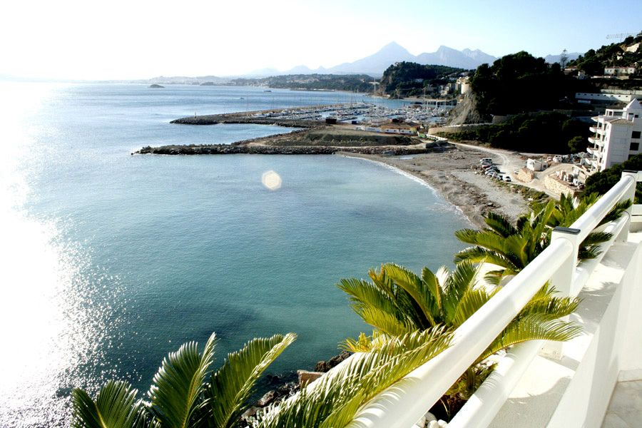 Duplex Penthouse in first line in Altea/Mascarat for sale