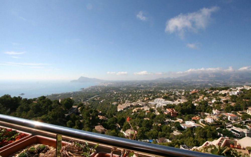 Fantastic Duplex Penthouse with breathtaking seaviews in Altea for sale